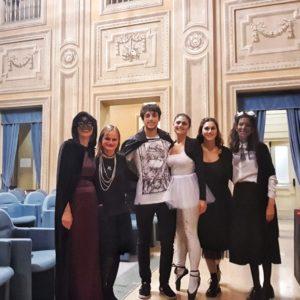 31 ottobre 2019 - Eleonora Duse, Sarah Bernhardt, Luisa Gautieri in Scotti, Isadora Duncan, il Fantasma dell'Opera e una maschera del Teatro accompagnano i bambini in una mostruosa caccia al tesoro.